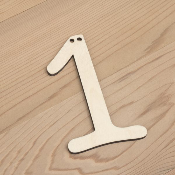wooden number bunting 1