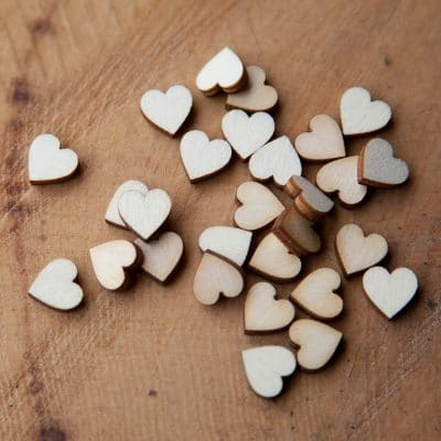 1cm wooden hearts