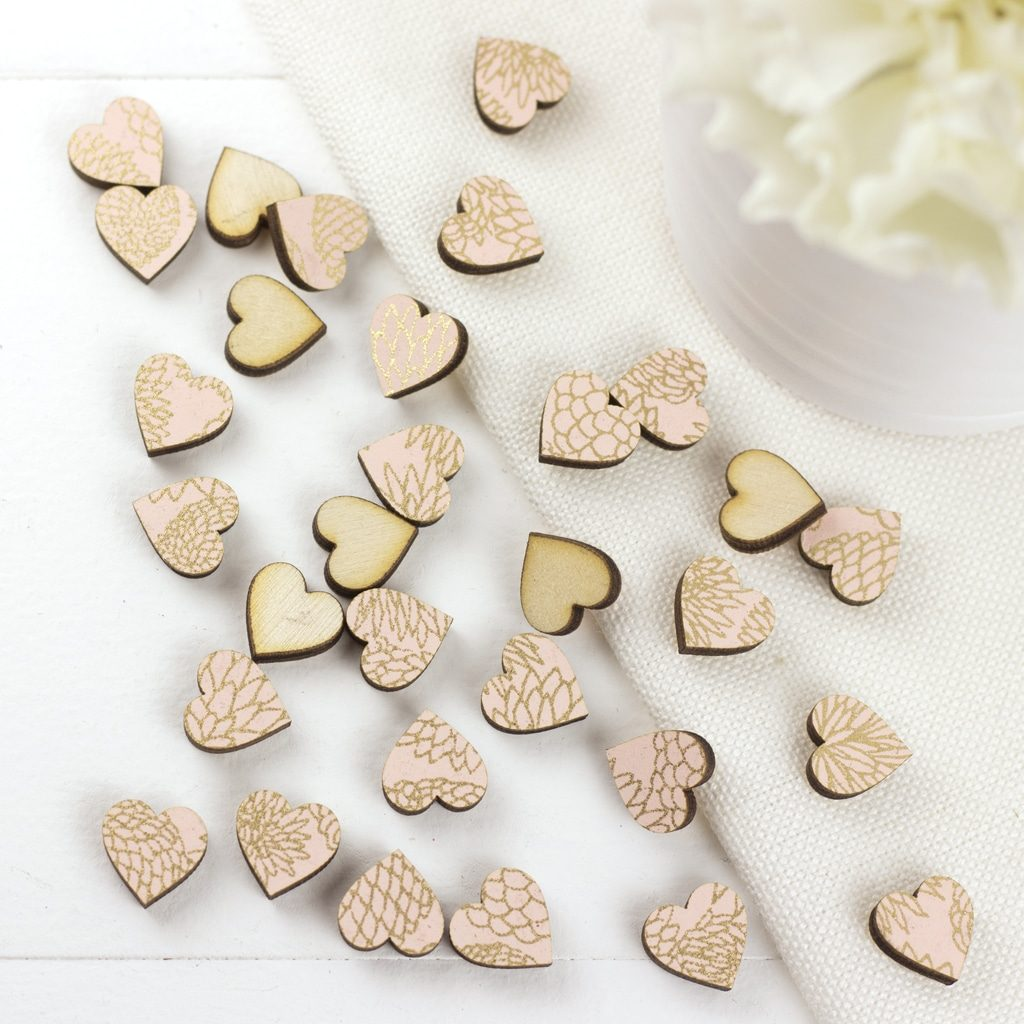1cm Peach Dahlia Hearts