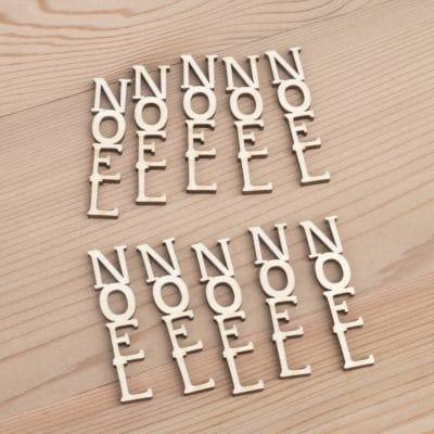Mini wooden Noel Vertical words craft embellishment