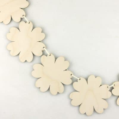 Wooden Ditsy Flower Hanging Bunting