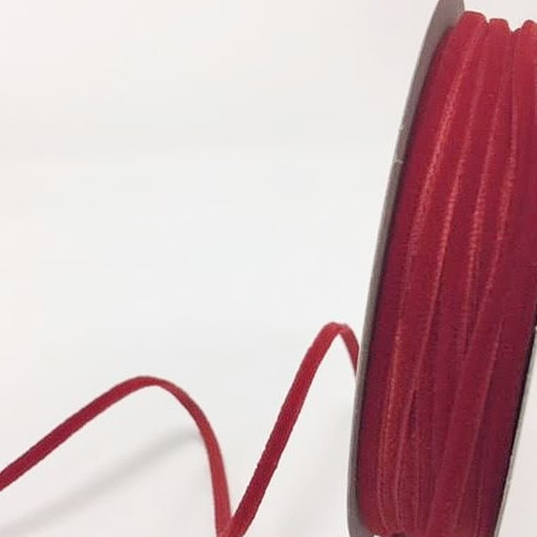 velvet ribbon red