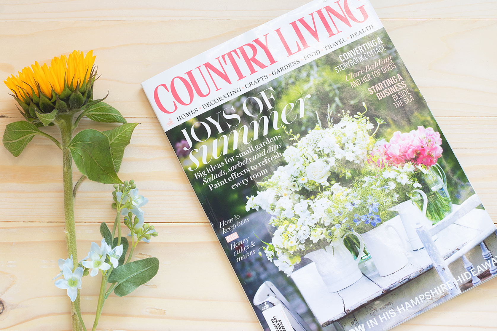 Country Living Magazine Artcuts Bee