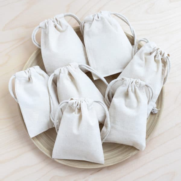 25 advent drawstring bags