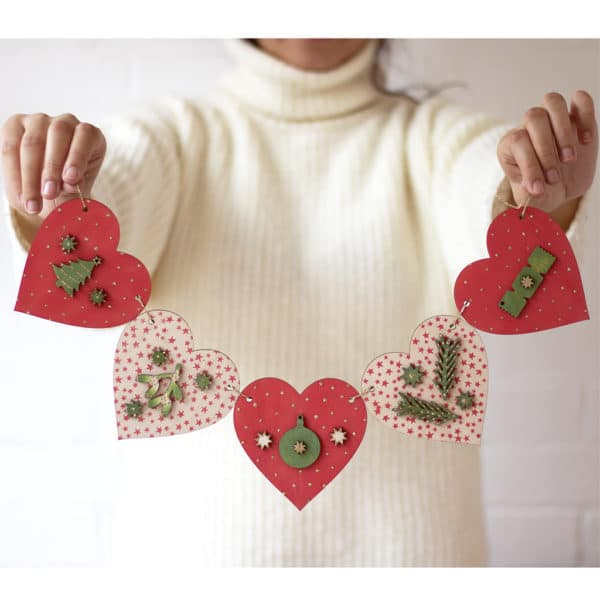 Online Workshop: Christmas Heart Bunting