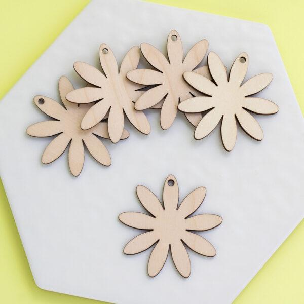 Wooden 5cm Daisies