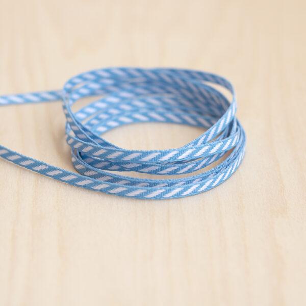 Blue diagonal ribbon