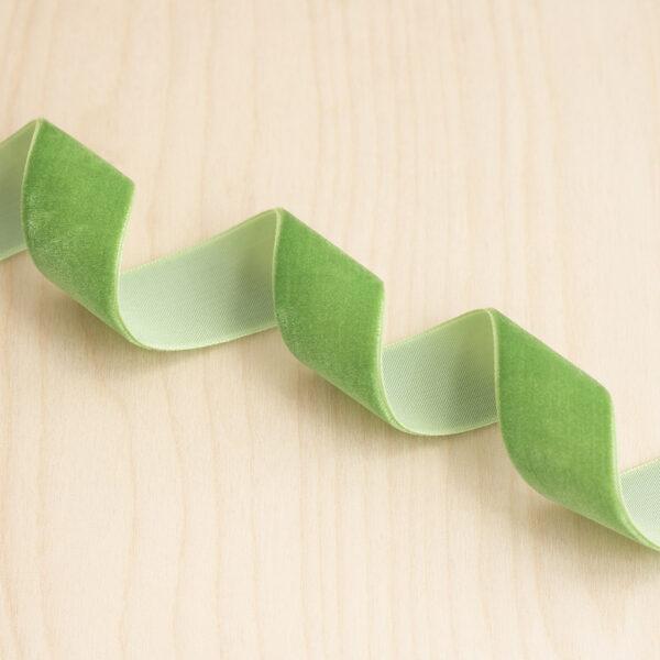 Green Velvet Ribbon 22mm